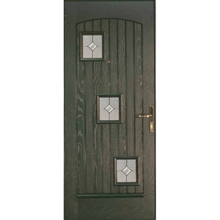 London Modern grooved door with threes quare lights, placed in a diagonal line.